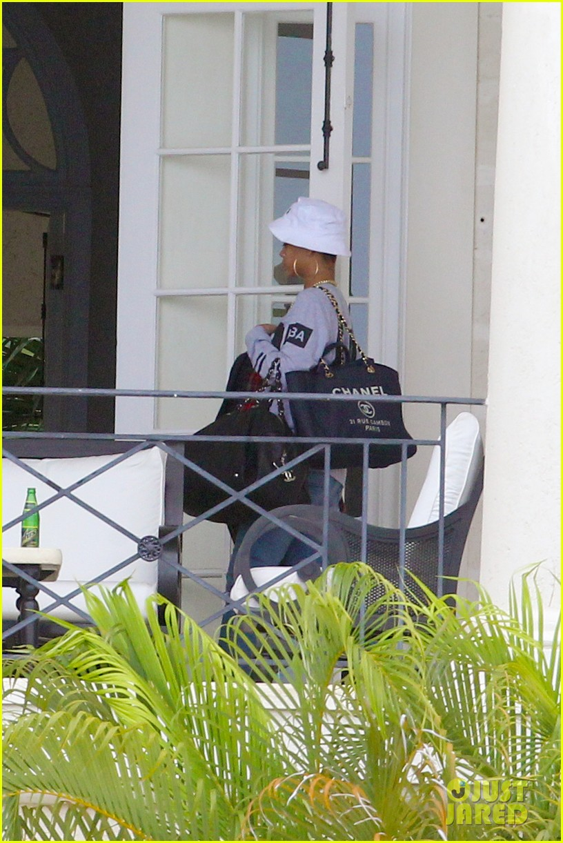 rihanna gran gran dolly memorial at barbados hospital 082780720
