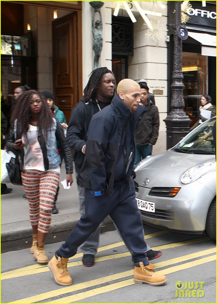rihanna chris brown separate paris outings 07