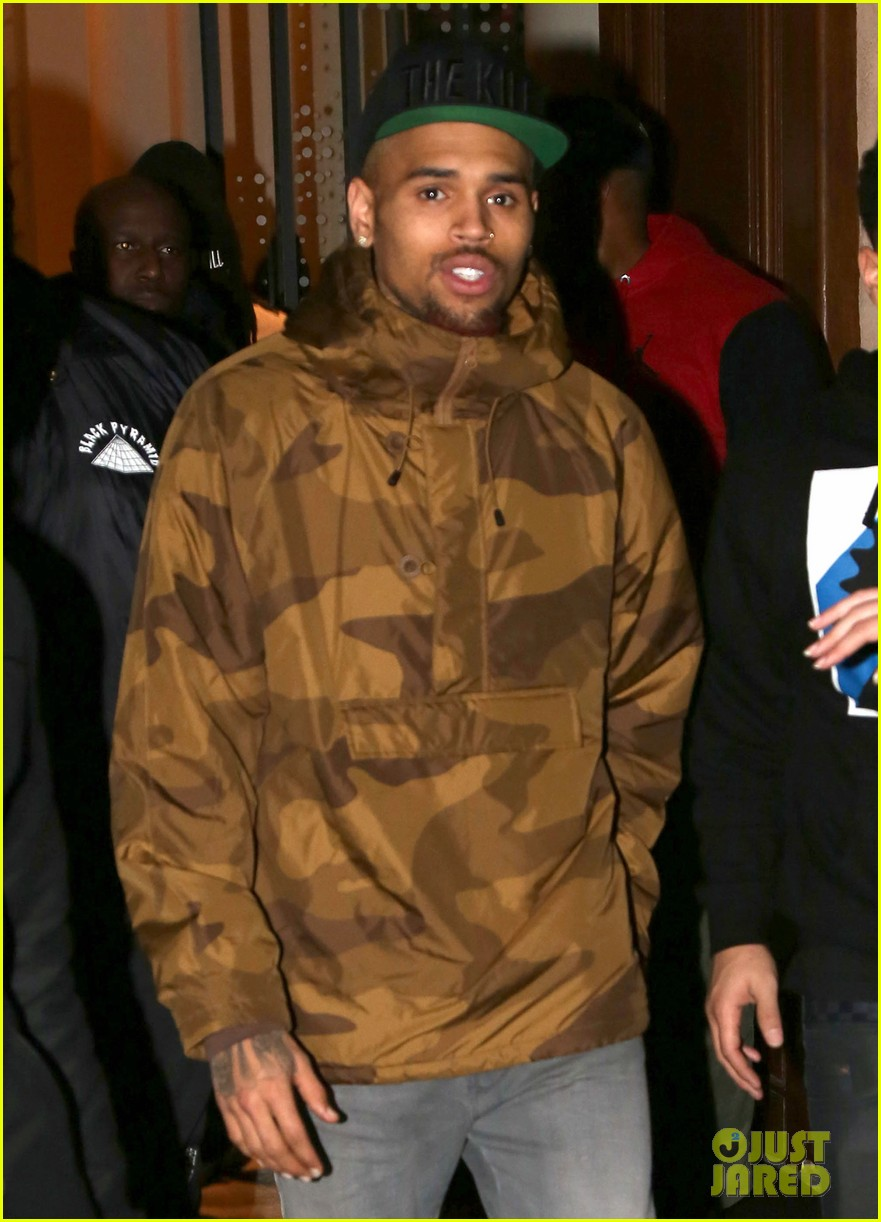 rihanna chris brown separate paris outings 102772891