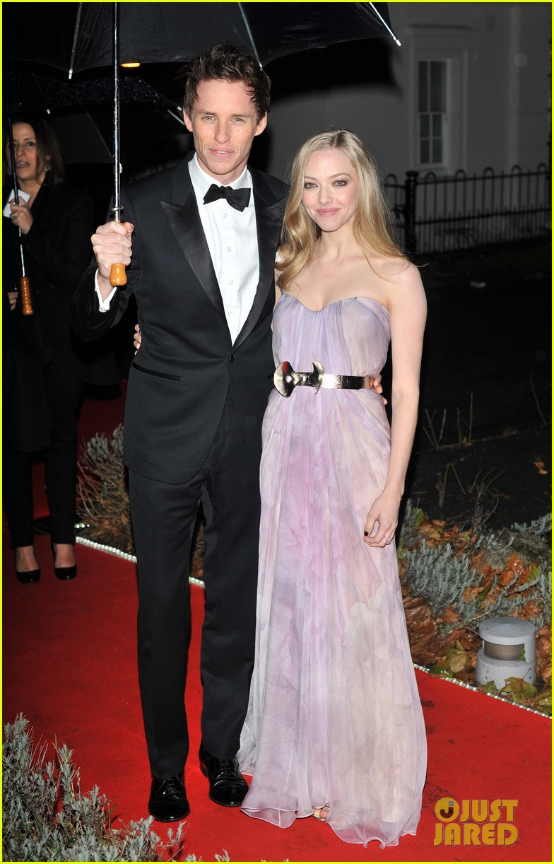 amanda seyfried eddie redmayne night of heroes 132770535