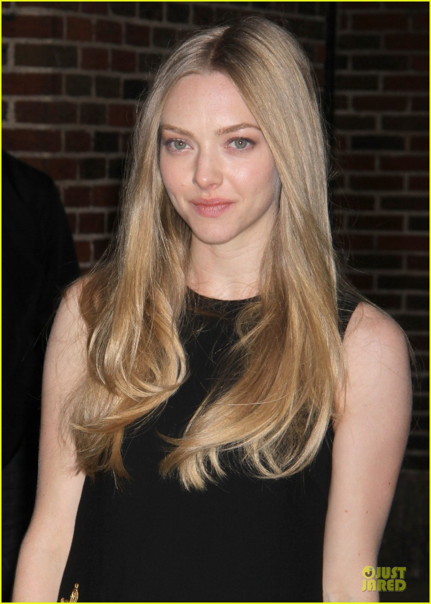 amanda seyfried hugh jackman lap dance was nice 082773970