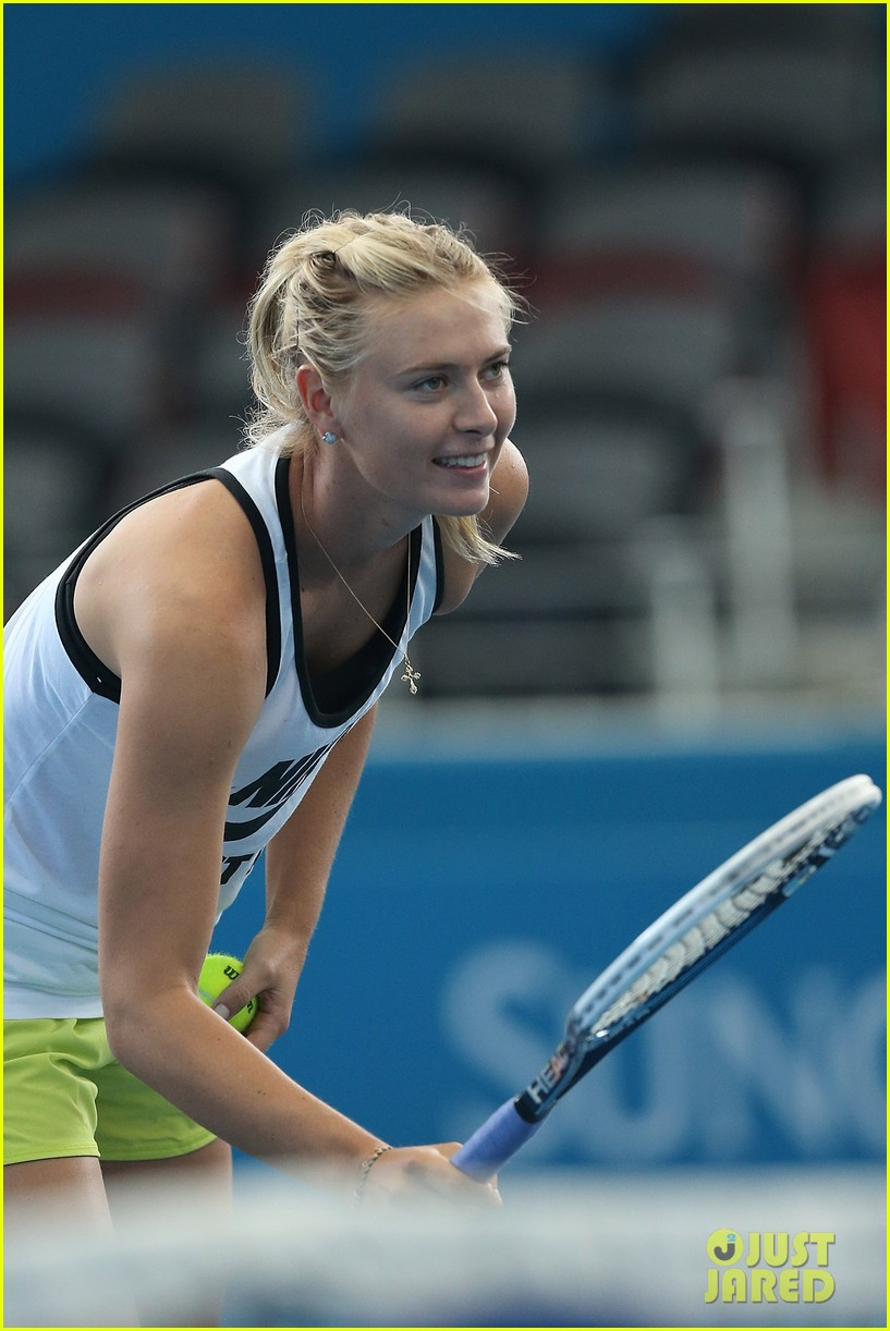 maria sharapova talks new years eve plans 12
