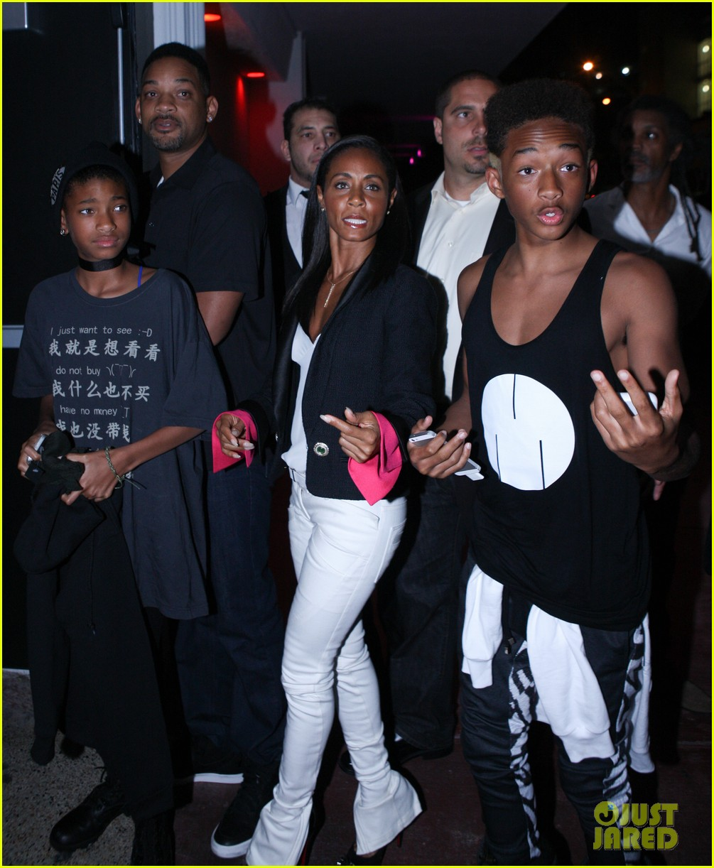 will jada pinkett smith family club night in miami 01