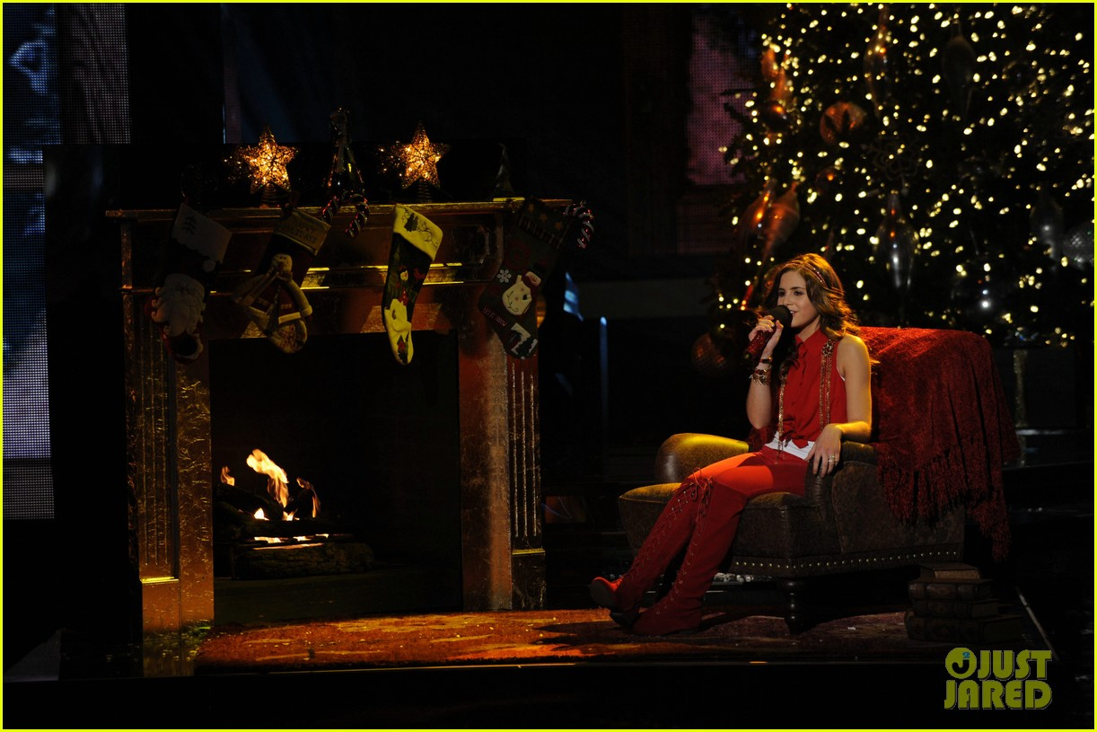 carly rose sonenclar all i want for christmas is you 01