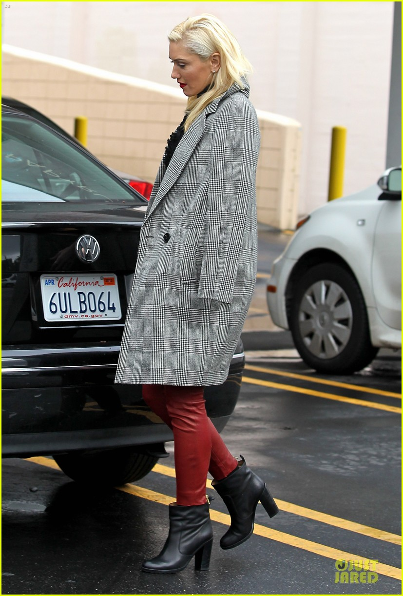 gwen stefani & gavin rossdale holiday shopping couple 14