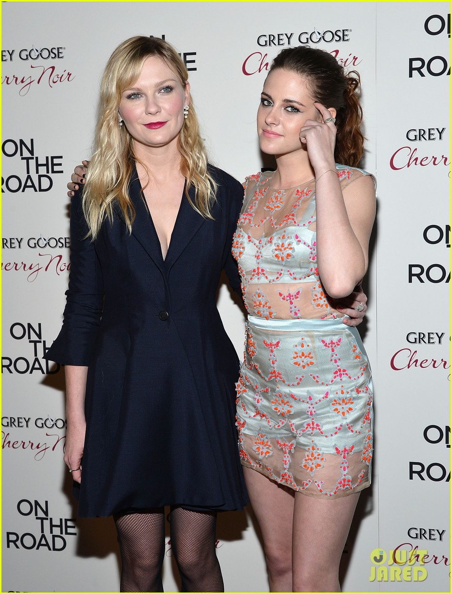 kristen stewart kirsten dunst on the road premiere 082775582