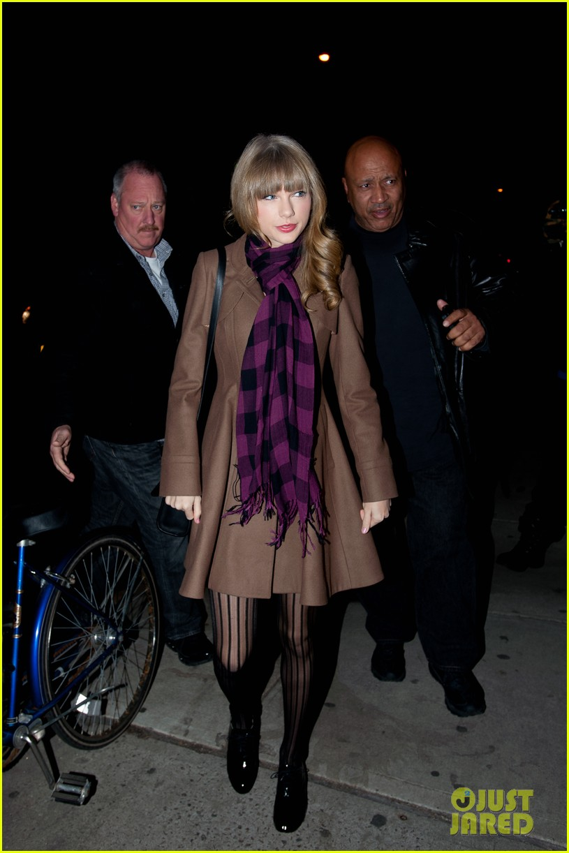taylor swift back big apple 14