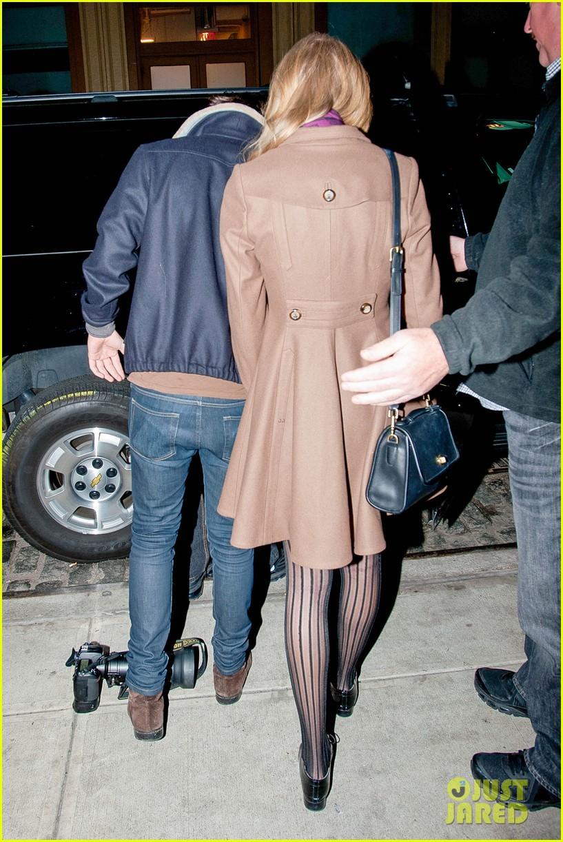 taylor swift harry styles crosby hotel exit 03