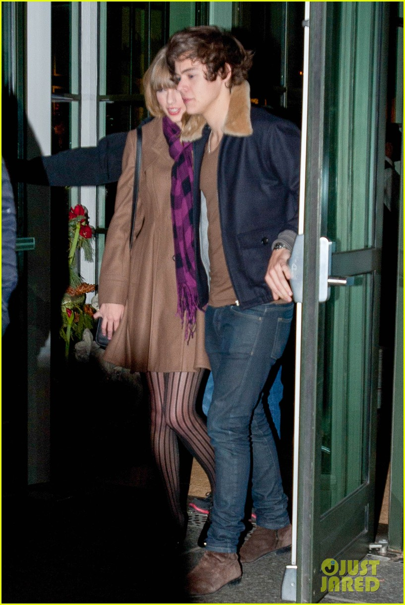 taylor swift harry styles crosby hotel exit 06