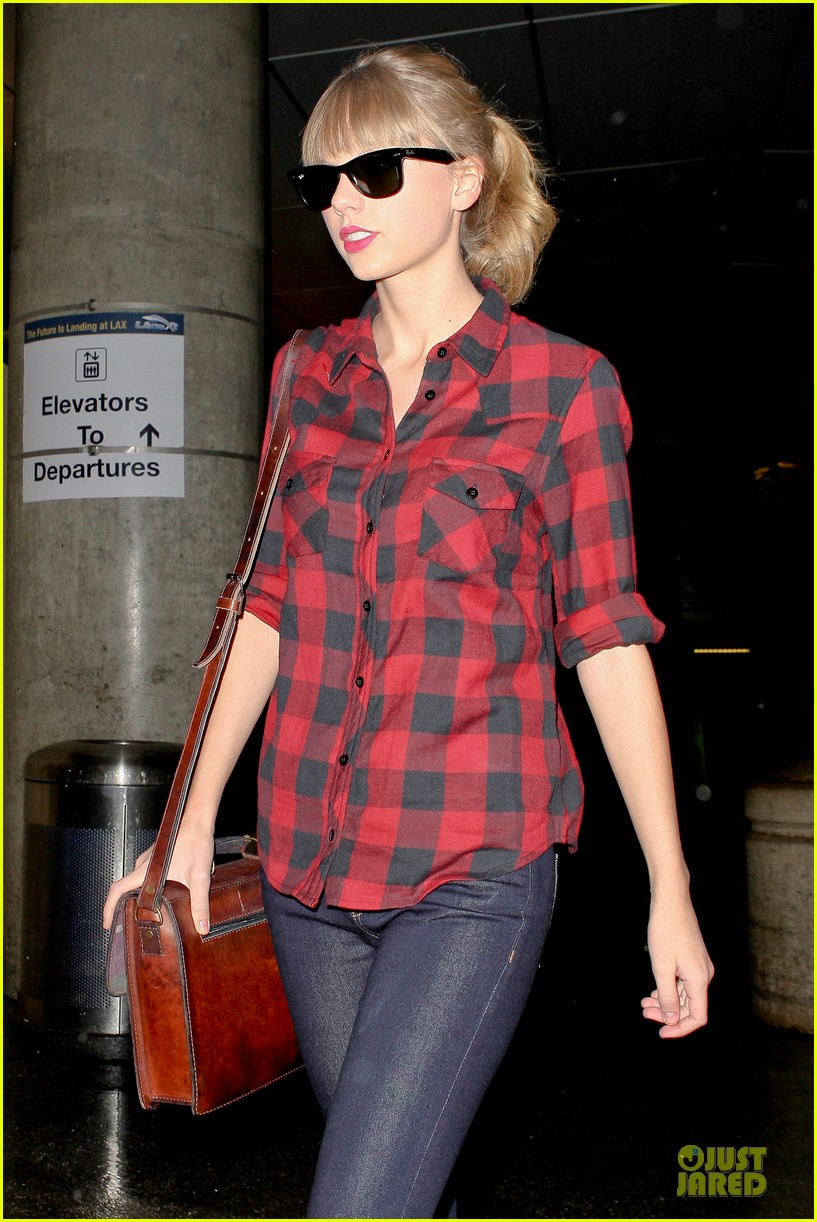 taylor swift kissfm jingle ball headliner 10