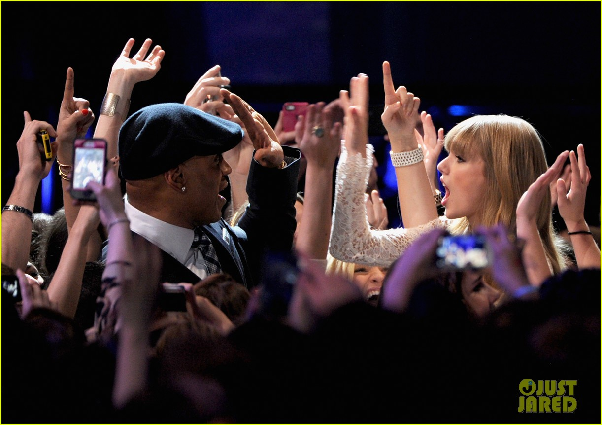 taylor swift grammy nominations concert 17