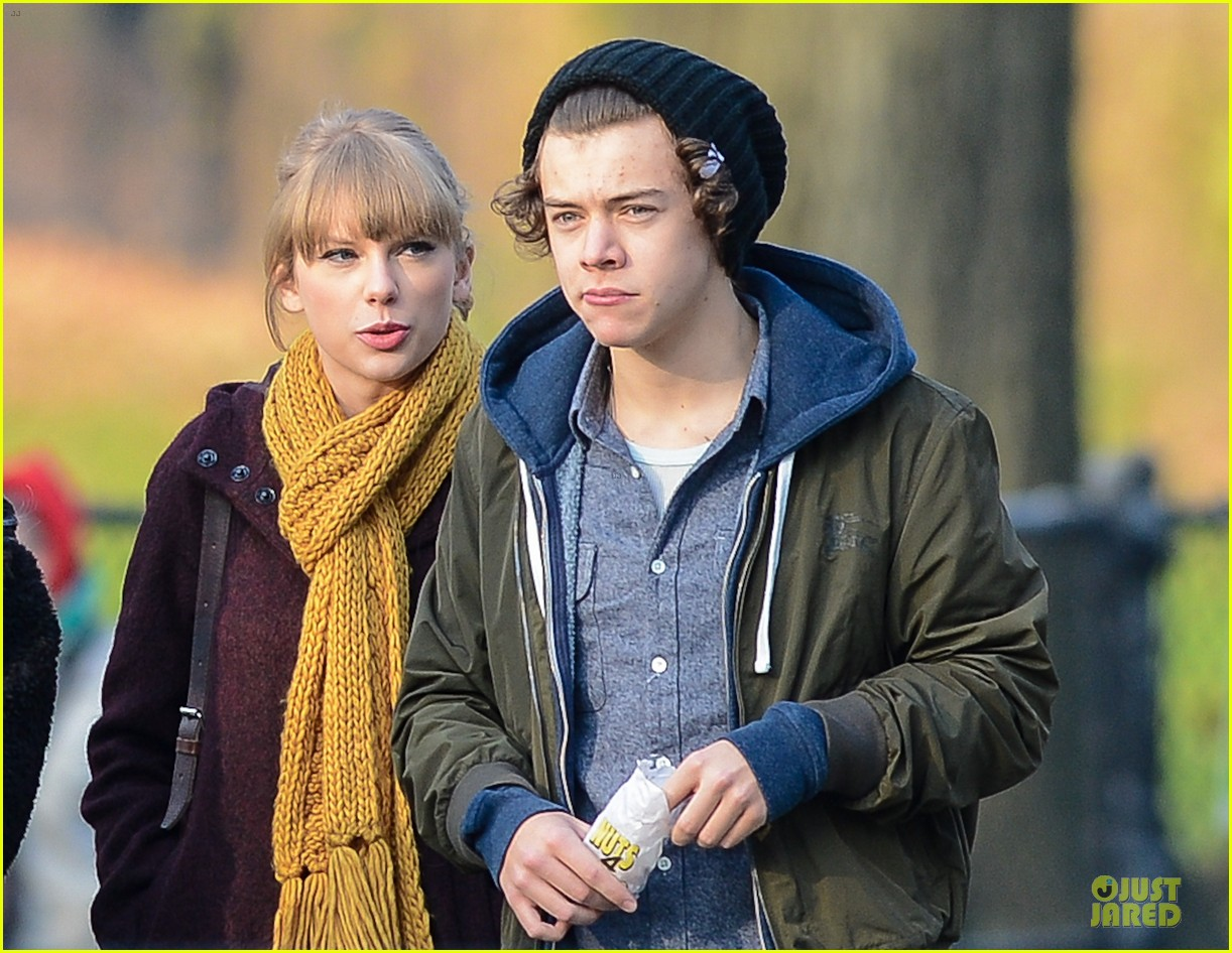 taylor swift harry styles central park stroll 02