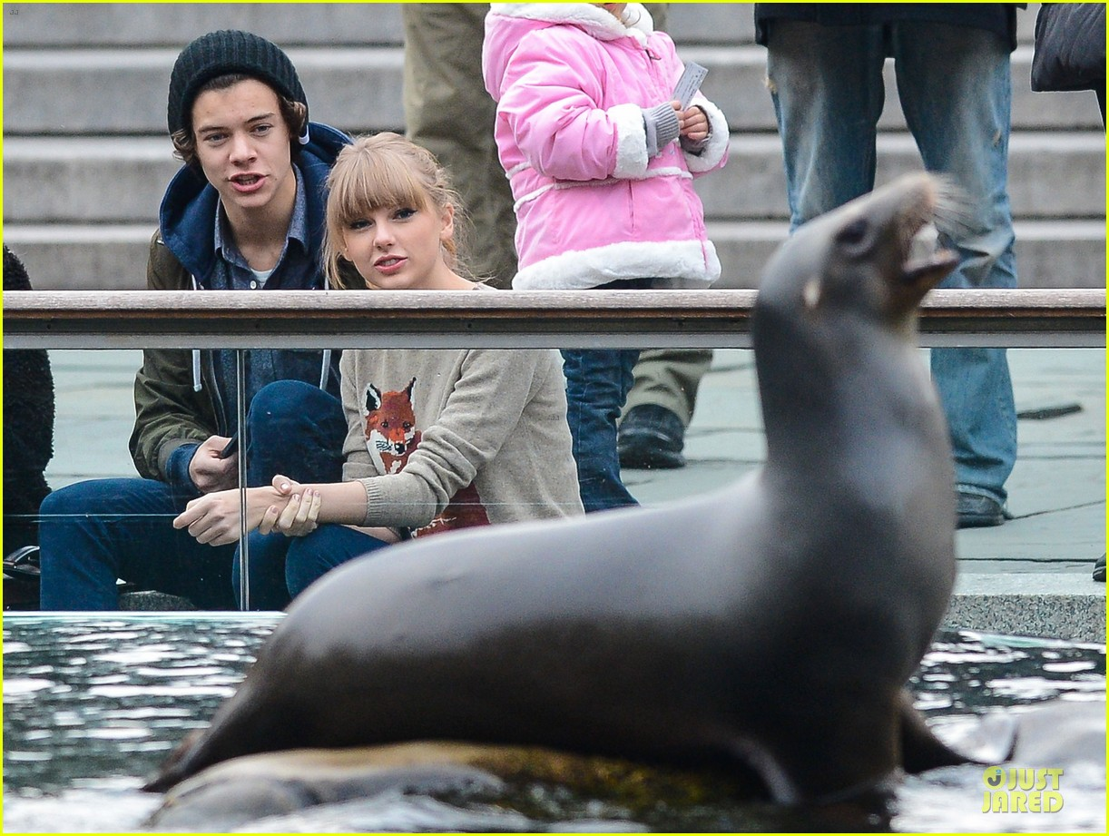 taylor swift harry styles central park stroll 19