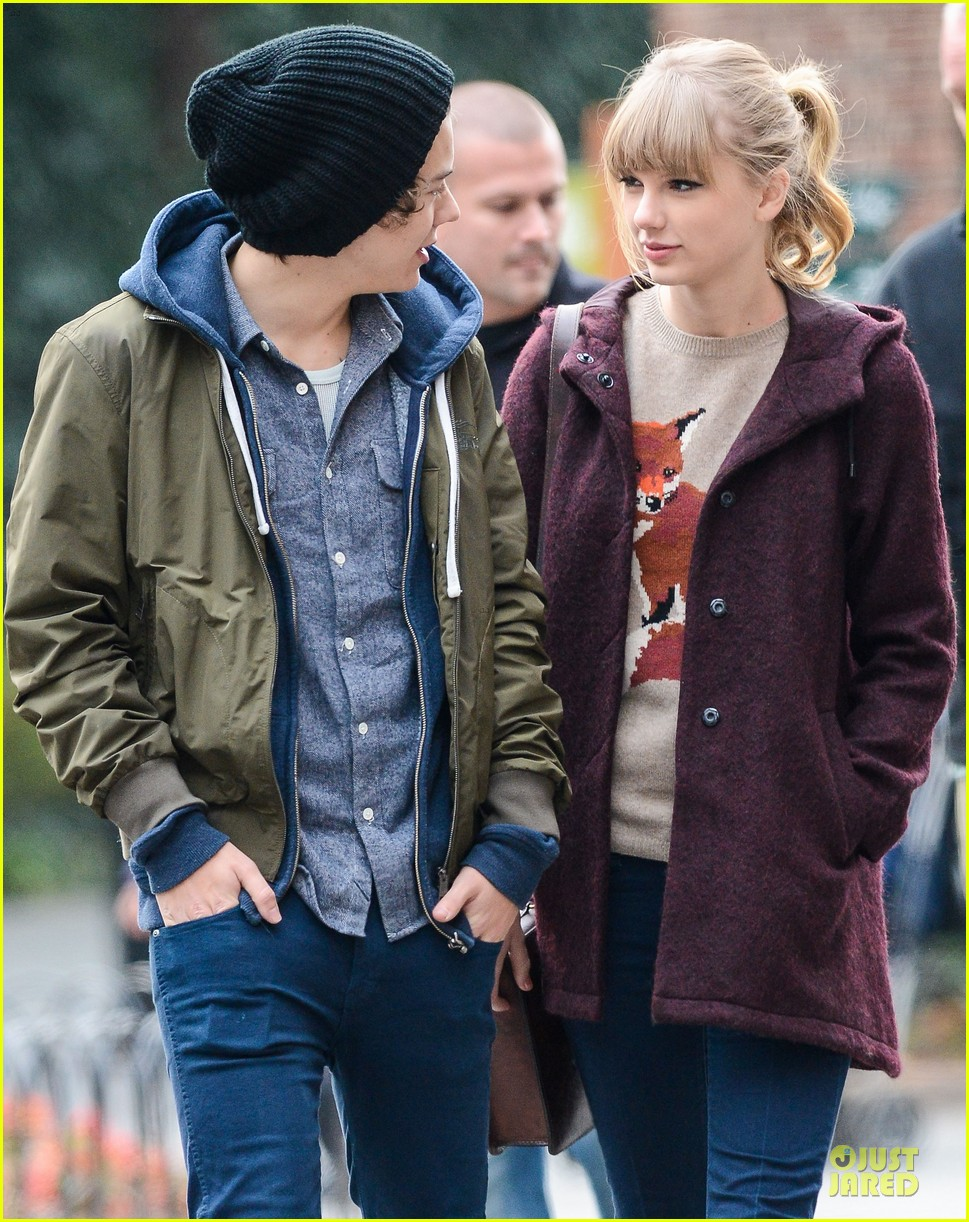 taylor swift harry styles central park stroll 20