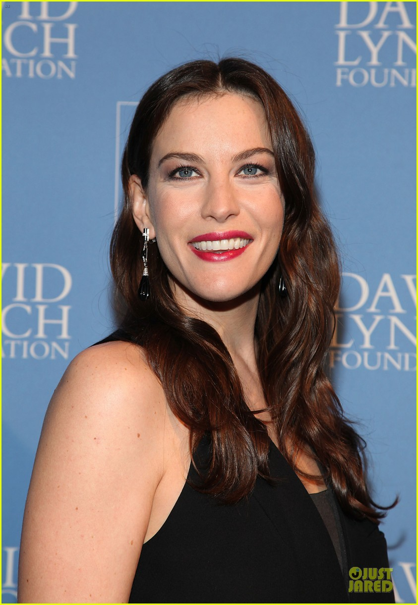 liv tyler milos birthday walk 042776534