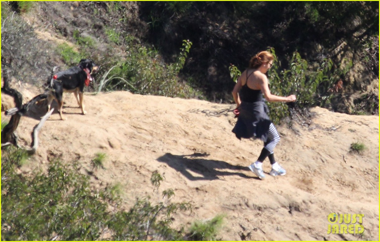kate walsh dog walk in griffith park 132781226
