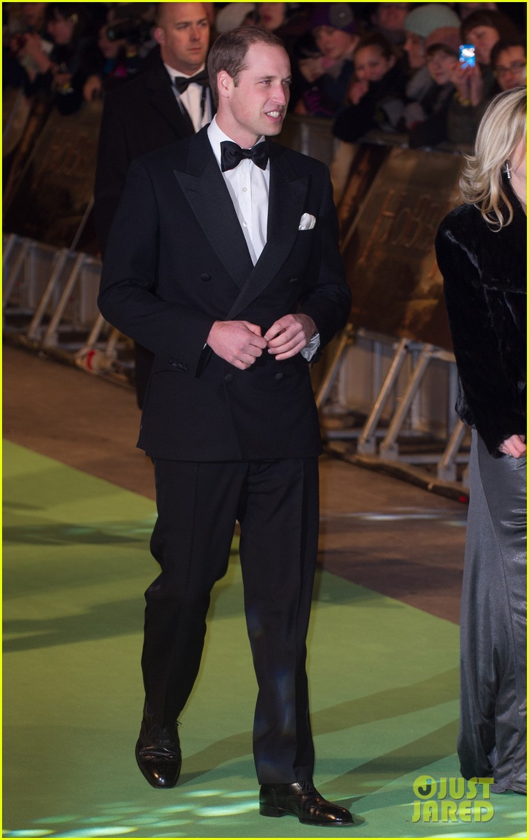 prince william hobbit premiere without kate middleton 04