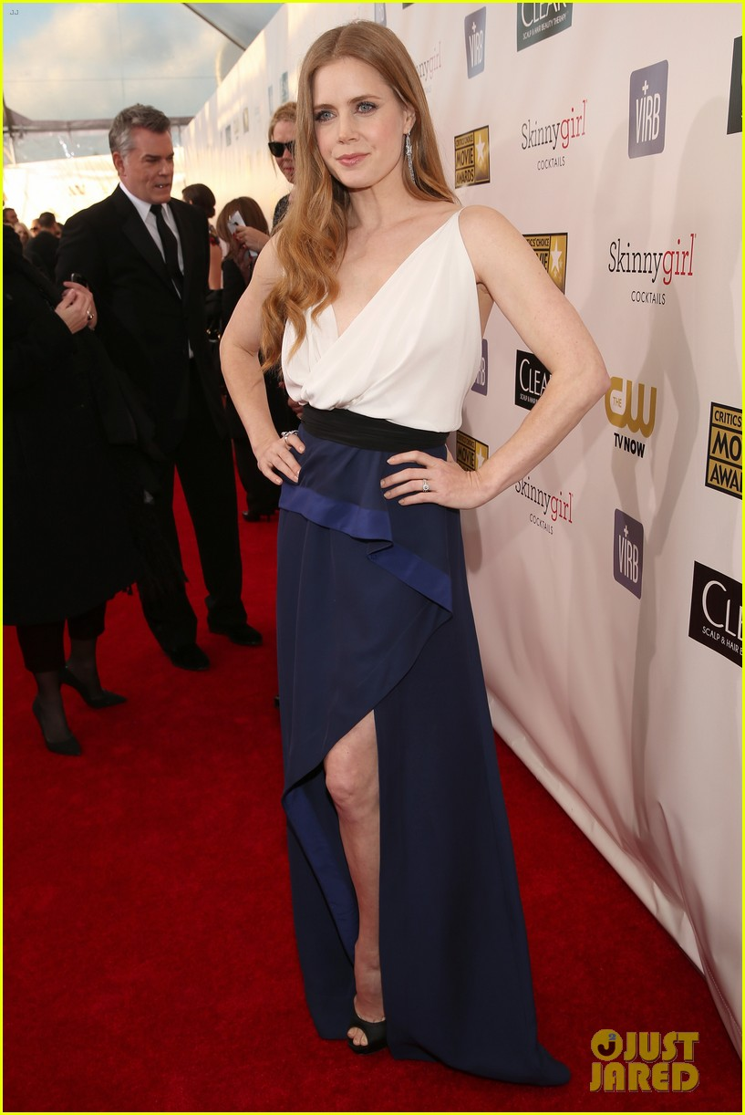 amy adams critics choice award 052788707