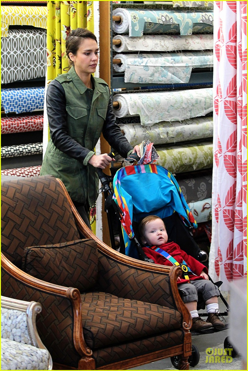 jessica alba fabric shopping with haven 11