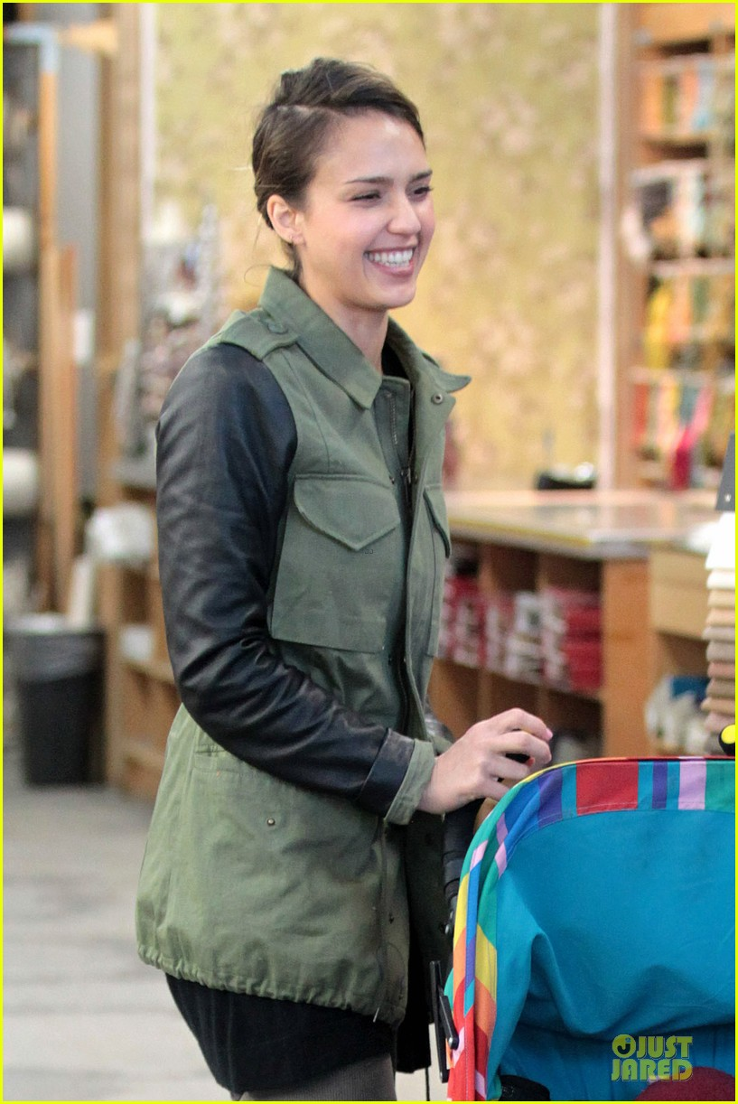 jessica alba fabric shopping with haven 13