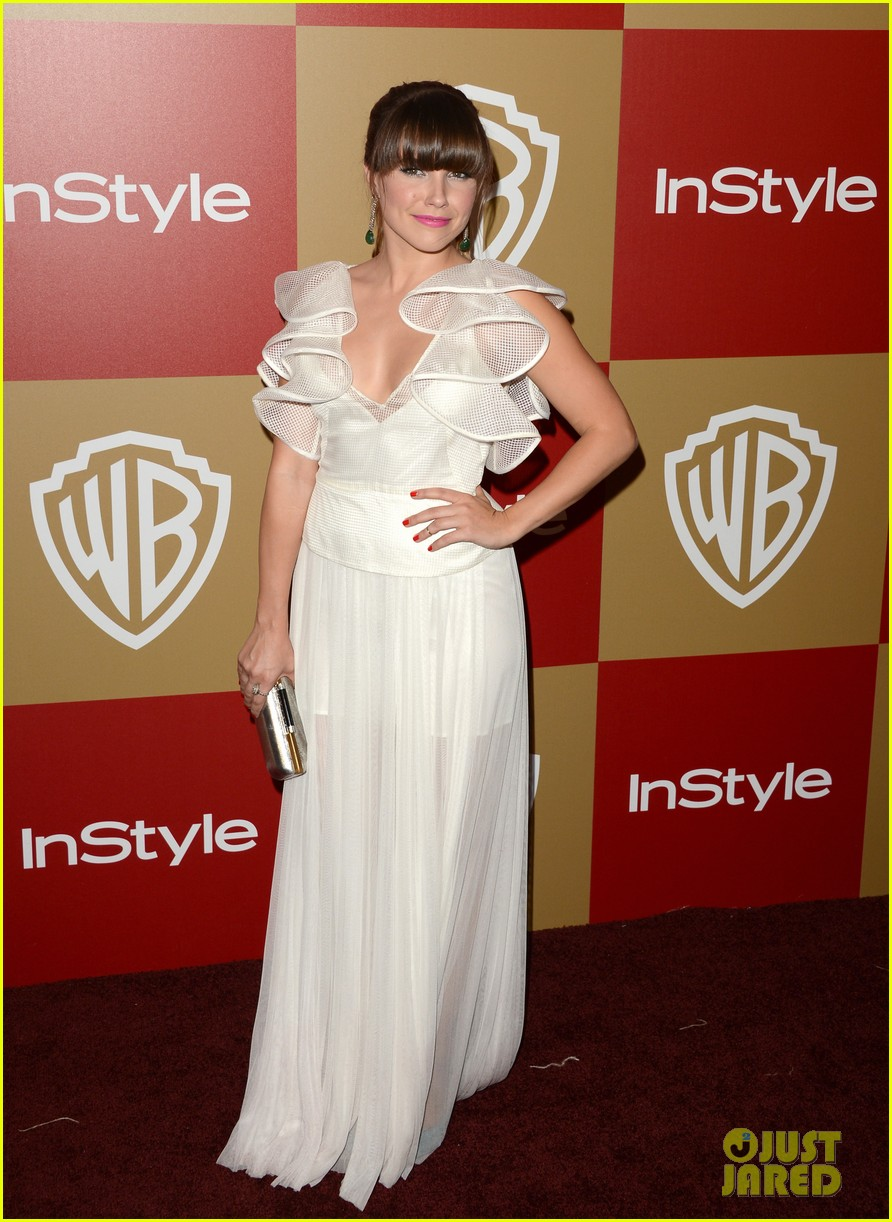 jessica alba sophia bush instyle golden globes party 09