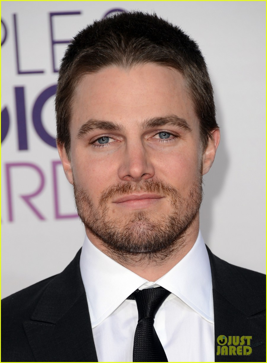 stephen amell jd pardo peoples choice awards 2013 022787681