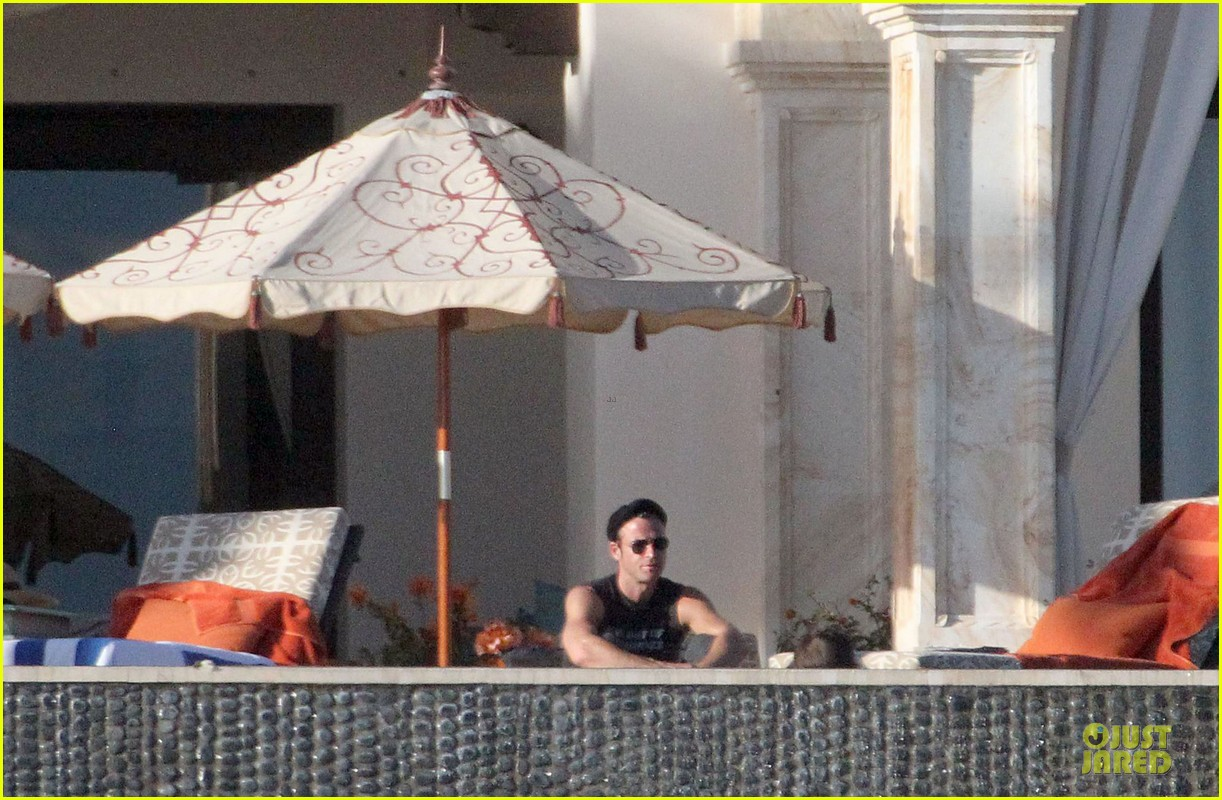 jennifer aniston alone in cabo san lucas 092784135