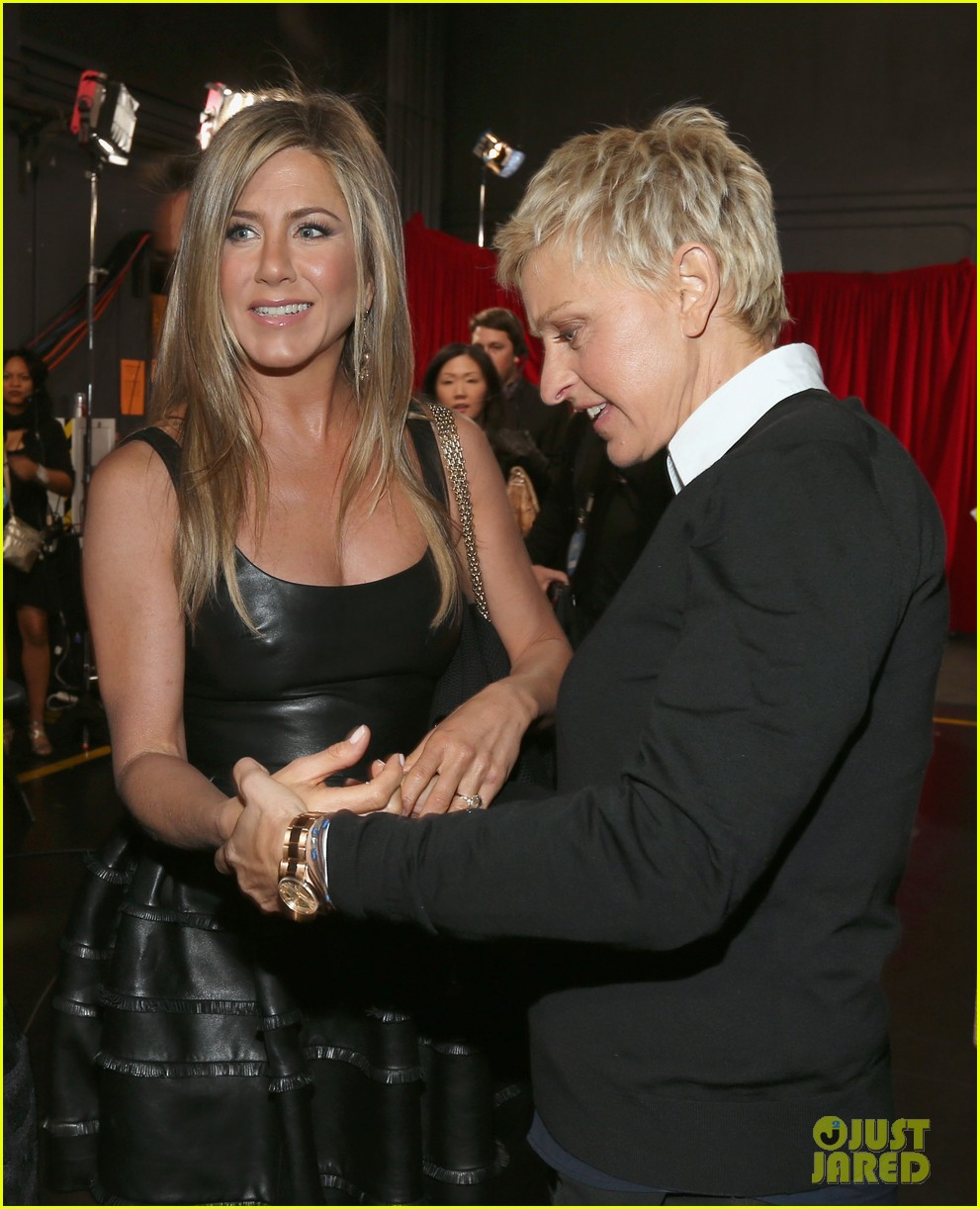 jennifer aniston peoples choice awards 2013 winner 08