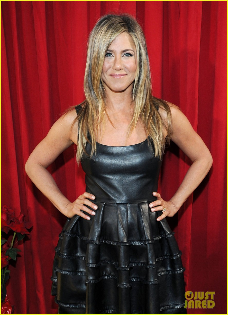 jennifer aniston peoples choice awards 2013 winner 12