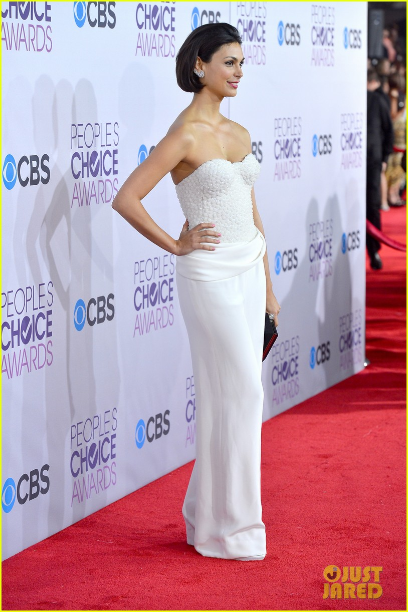 morena baccarin nathan fillion peoples choice awards 2013 112787919