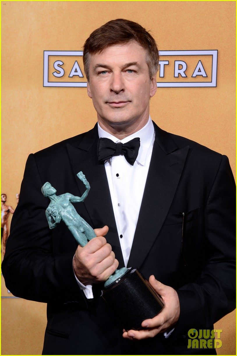 alec baldwin sag awards red carpet 03