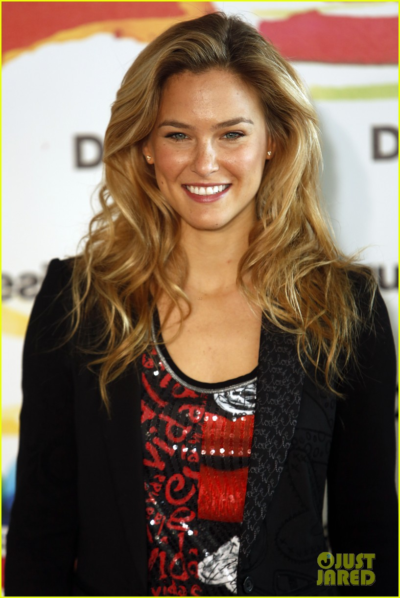 bar refaeli we love by desigual presentation 162800689