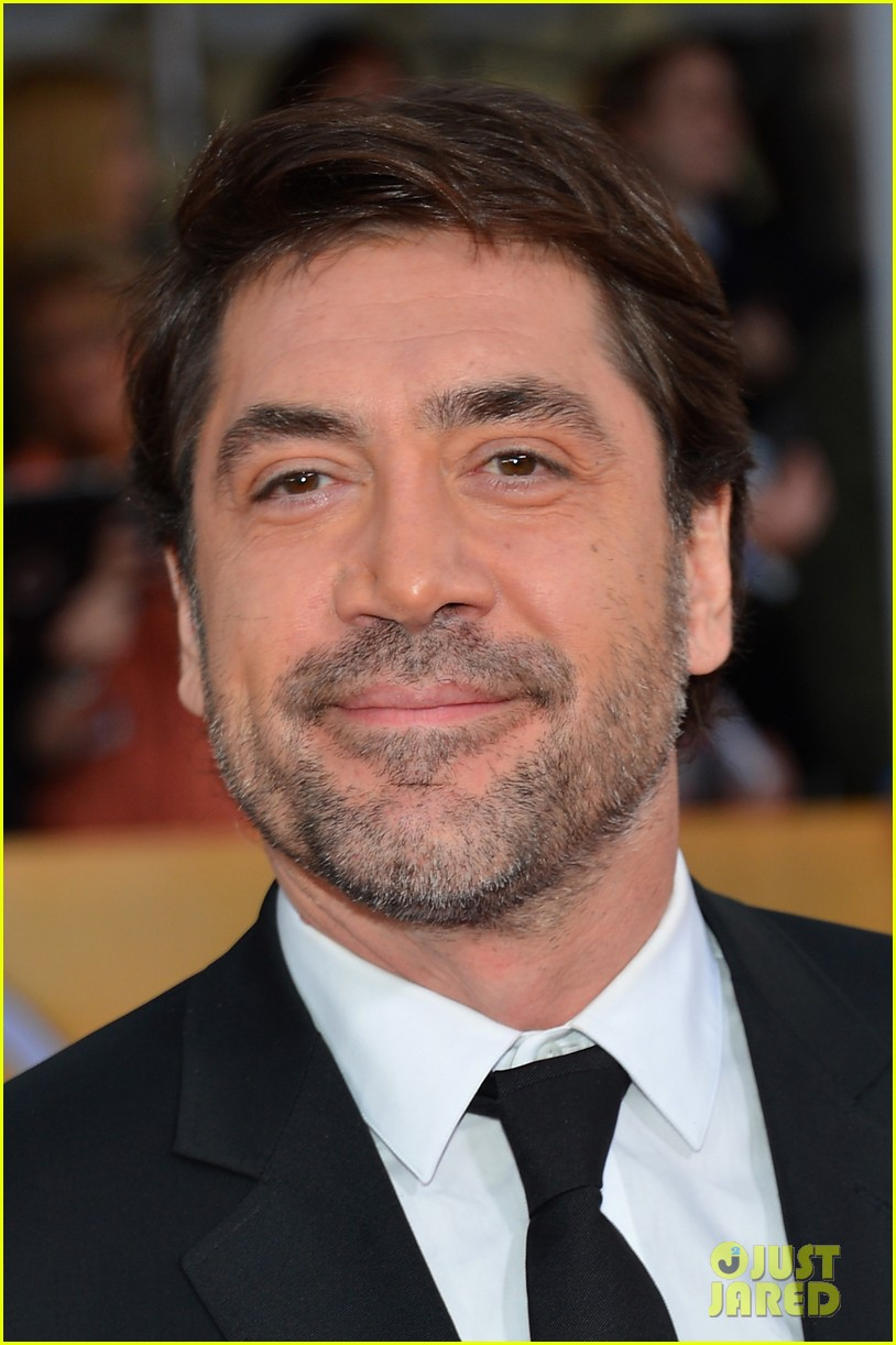 javier bardem helen hunt sag awards 2013 red carpet 072799995