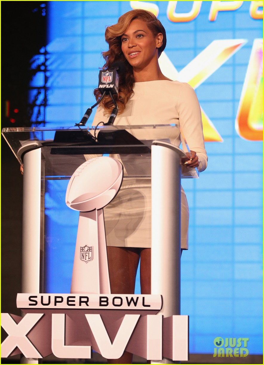 beyonce national anthem live at super bowl press conference 09