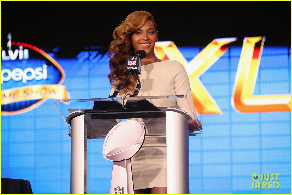 beyonce national anthem live at super bowl press conference 12