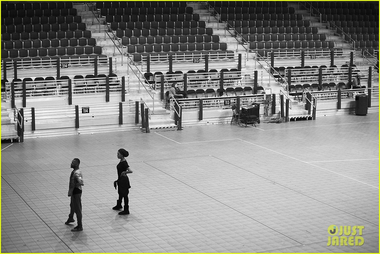 beyonce super bowl halftime show rehearsal new pics 07