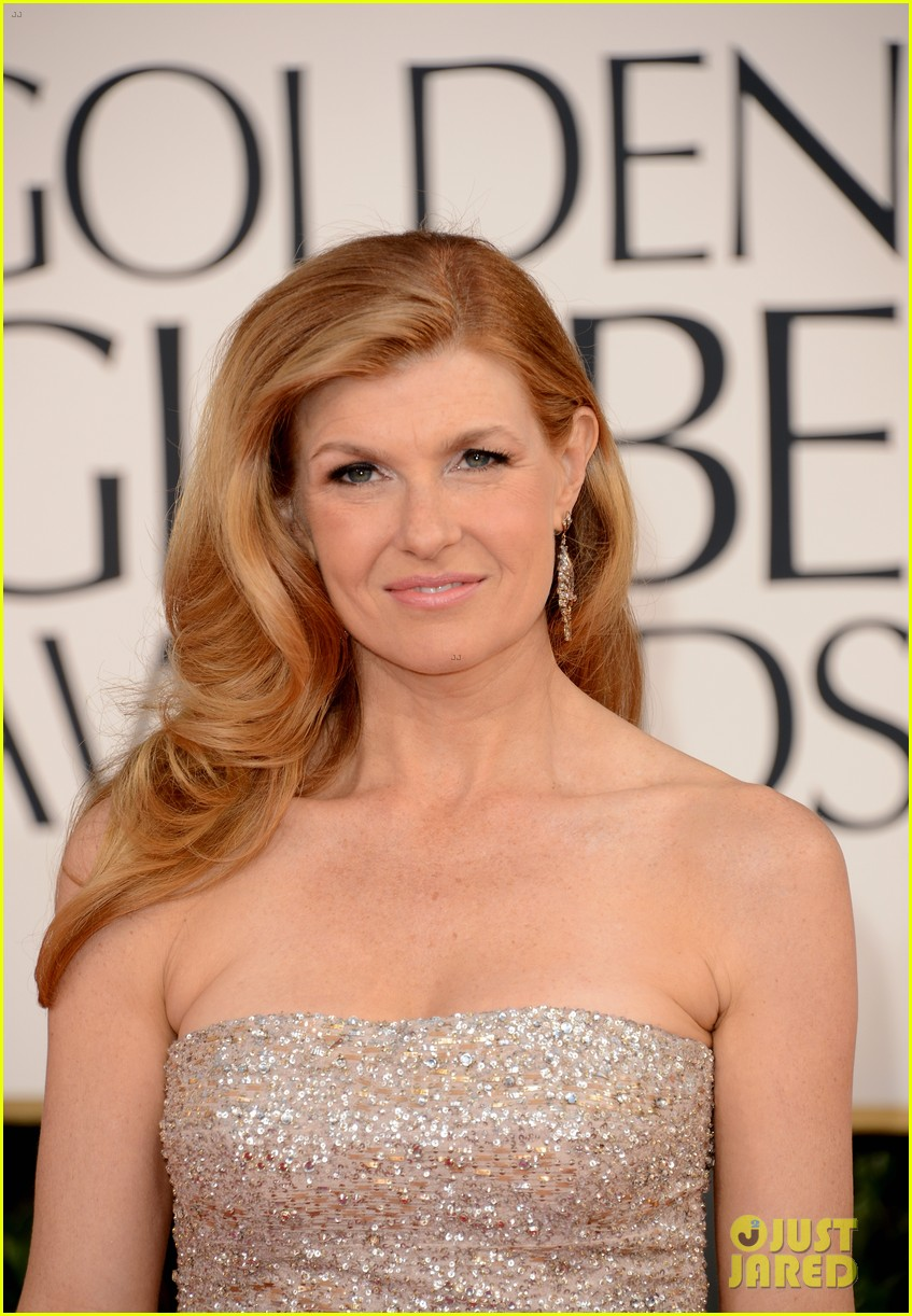 connie britton jessica lange golden globes 2013 red carpet 01