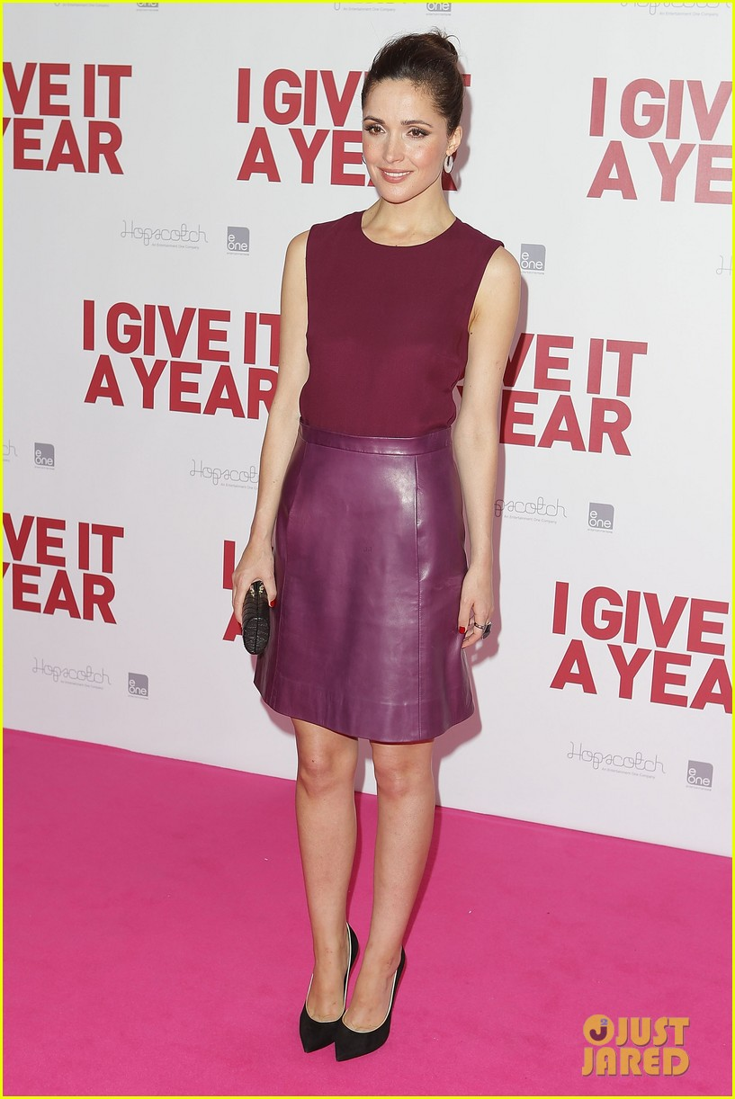 rose byrne i give it a year sydney premiere 05