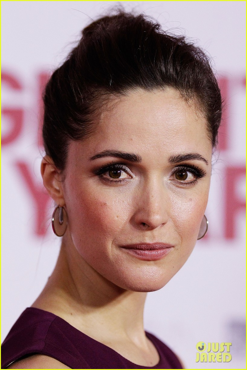 rose byrne i give it a year sydney premiere 09
