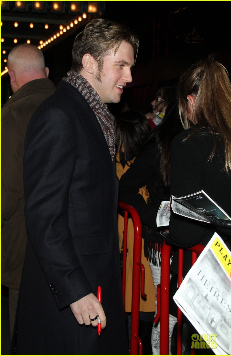jessica chastain & dan stevens heiress autograph signing 07
