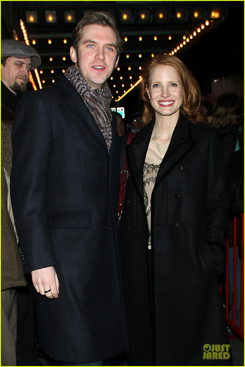 jessica chastain & dan stevens heiress autograph signing 13