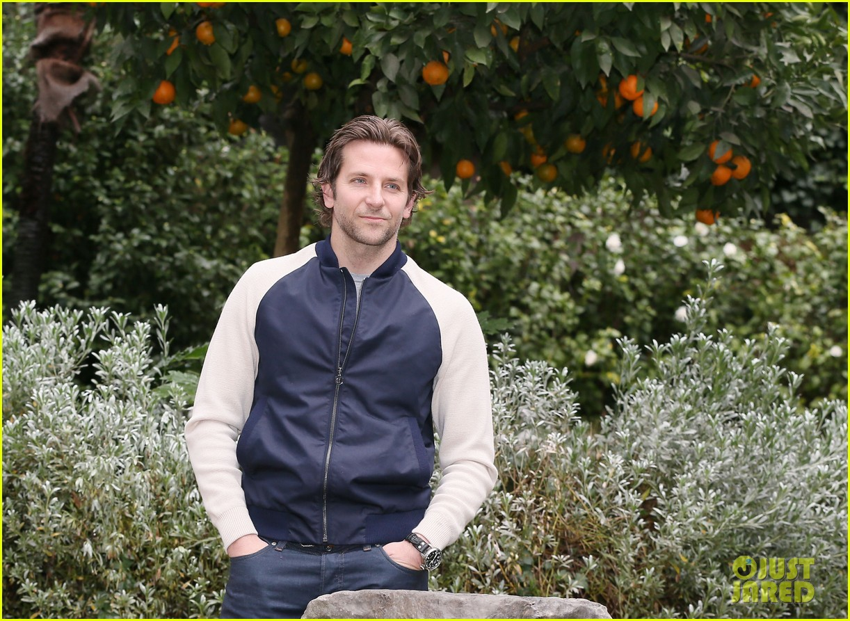 bradley cooper rome photo call japan jetsetter 11