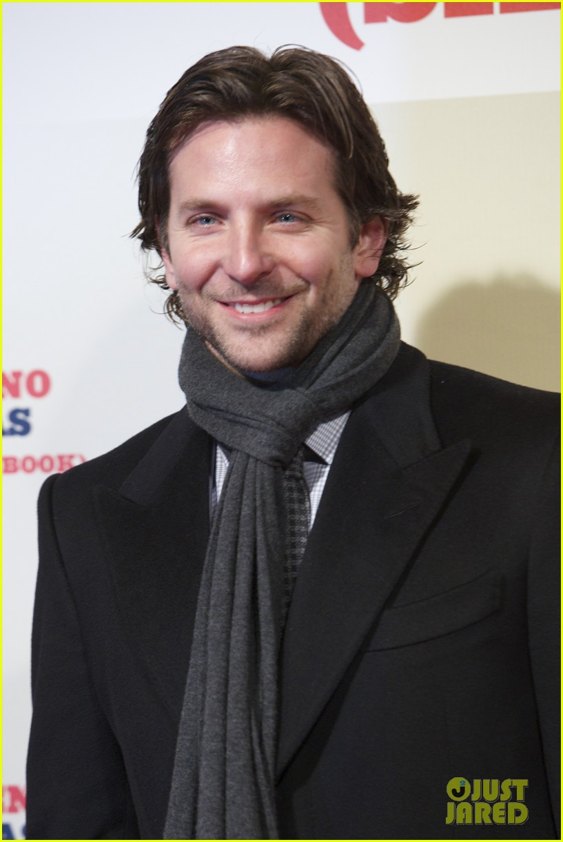 bradley cooper permed his hair for new david o russell film 07