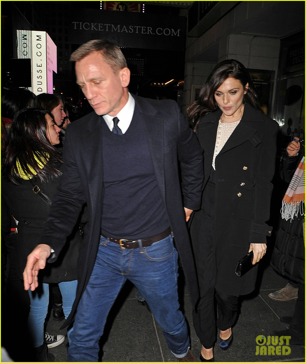 daniel craig rachel weisz cat on a hot tin roof opening 03