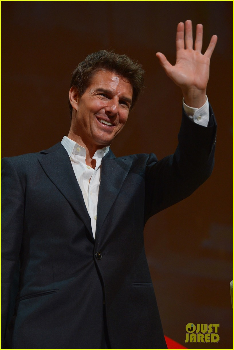 tom cruise jack reacher japan premiere 02
