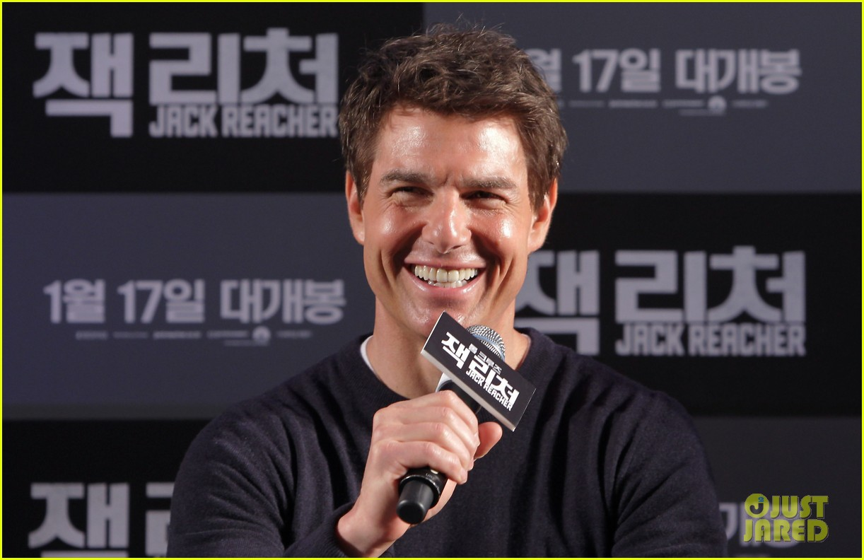 tom cruise rosamund pike jack reacher seoul photo call 122788107