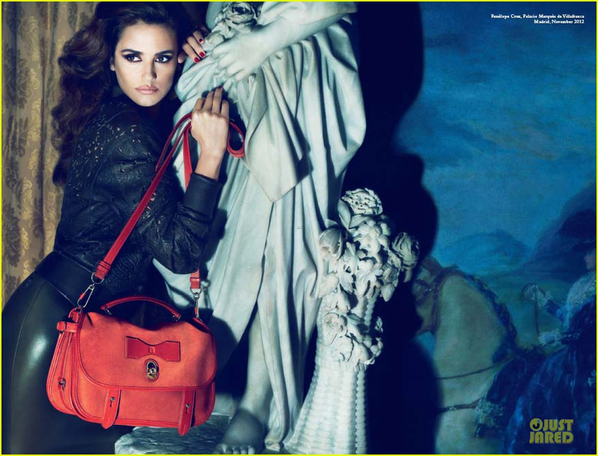 penelope cruz loewe spring summer campaign pics  02