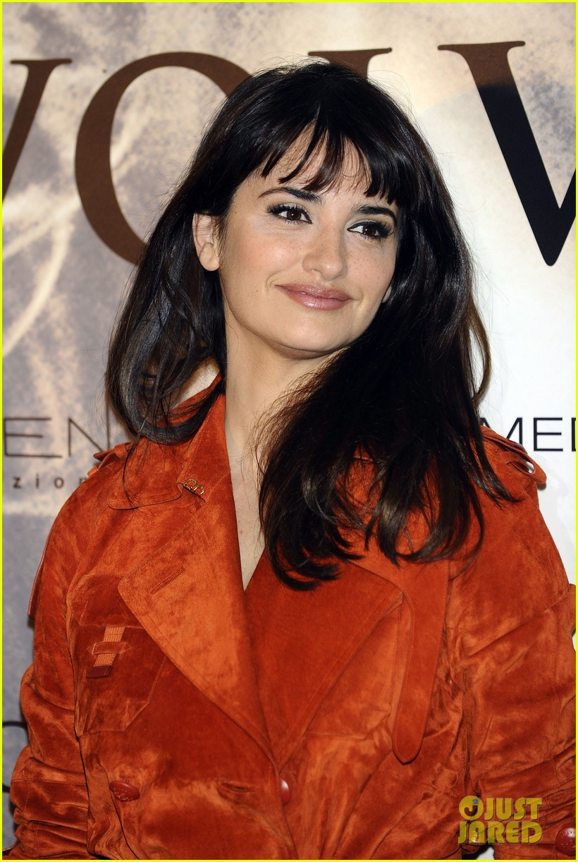 penelope cruz twice born madrid photo call 13