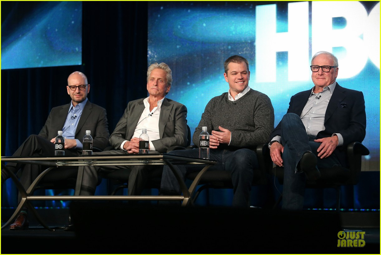 matt damon & michael douglas behind the candlebra tca panel 012784978