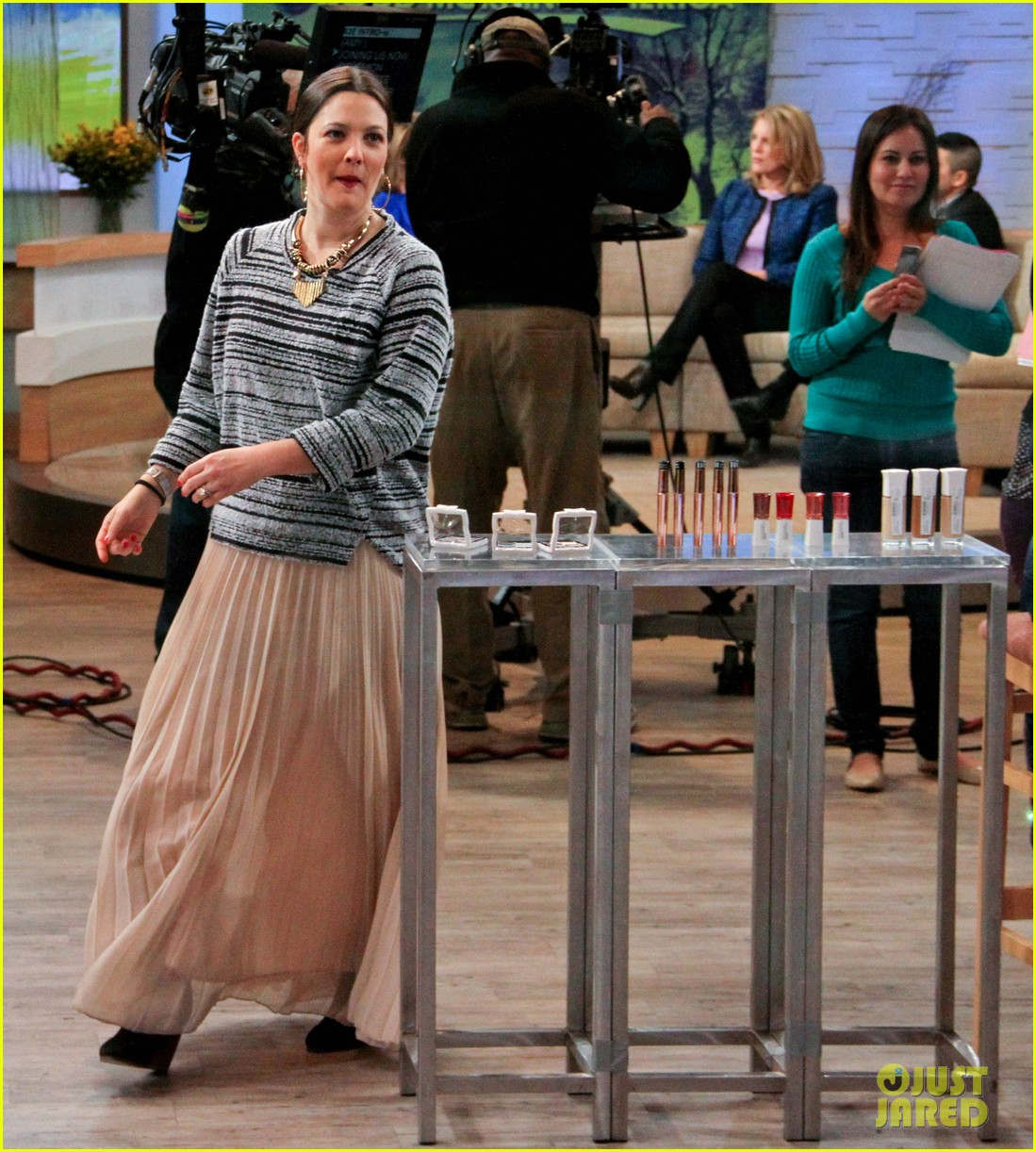 drew barrymore good morning america appearance 06